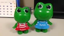 カエルの人形たち